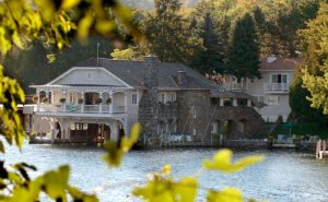 These spots were voted the Best Places to Stay in Lake George: