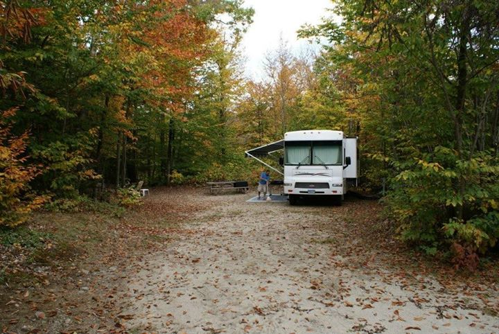 Fall Foliage Special at Moose Hillock Camping Resort – NY! ONLY $66 a night!…