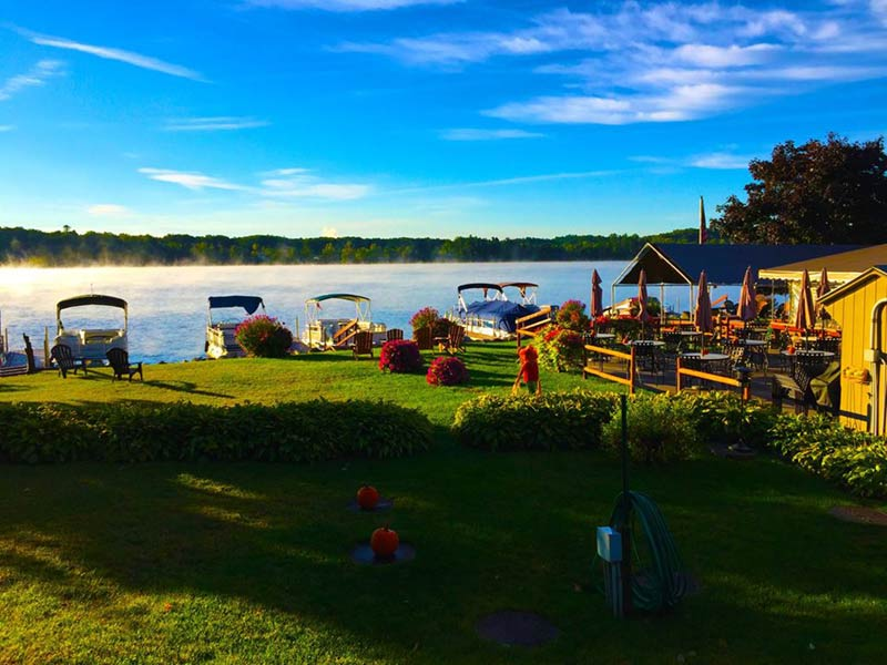 These restaurants have views so good, they're worth the short drive from Lake George: